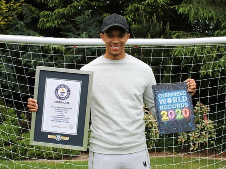 Футболист «Ливерпуля» обновил рекорд Книги Гинесса