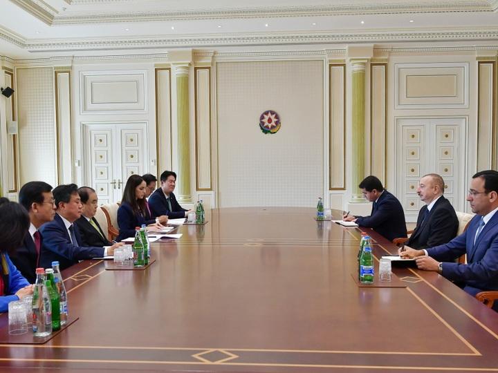 Президент Ильхам Алиев принял делегацию во главе с председателем Национальной ассамблеи Республики Корея - ФОТО