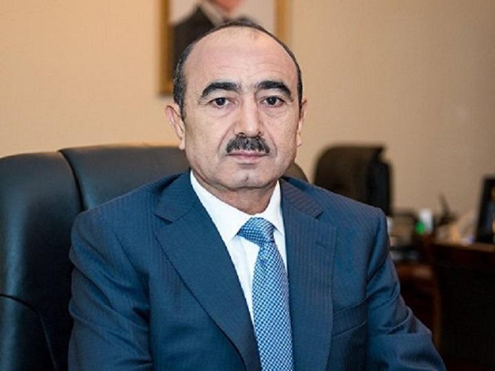 18 oktyabr – Müstəqillik haqqında Azərbaycan Respublikasının Konstitusiya Aktının qəbuluna dair 5 tezis