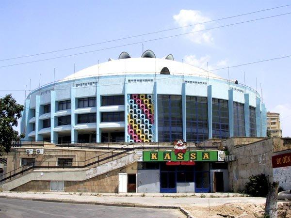 Строится новое здание Бакинского цирка