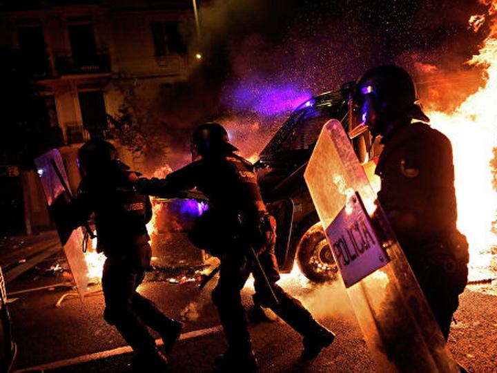 В Каталонии с начала протестов задержали почти 200 человек