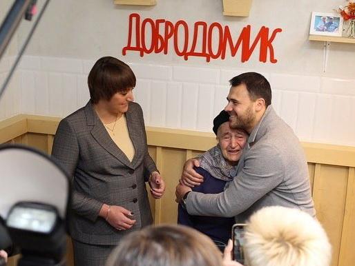 Эмин Агаларов открыл кафе, в котором будет бесплатно кормить обедом пожилых людей – ФОТО