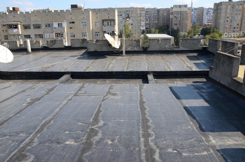Президент выделил 10 миллионов ИВ Баку на ремонт крыш жилых домов - ФОТО