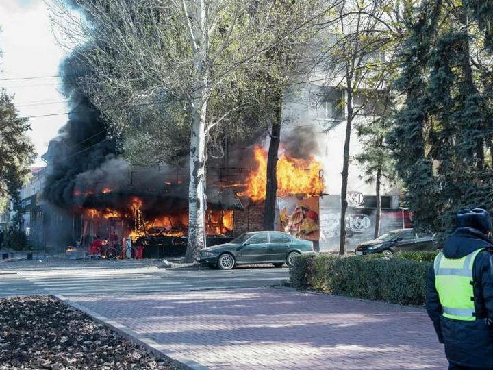 В Бишкеке прогремели три взрыва - ФОТО - ВИДЕО