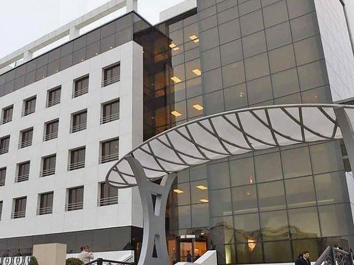Почему пациент выбросился из окна известного бакинского медицинского центра? – ПОДРОБНОСТИ – ОБНОВЛЕНО