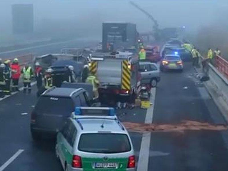 18 maşın toqquşdu, 29 nəfər yaralandı - VİDEO