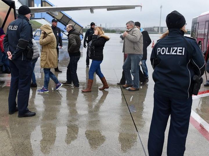 Скандал в Германии: азербайджанская оппозиция торговала «документами для политэмигрантов» - ФОТО