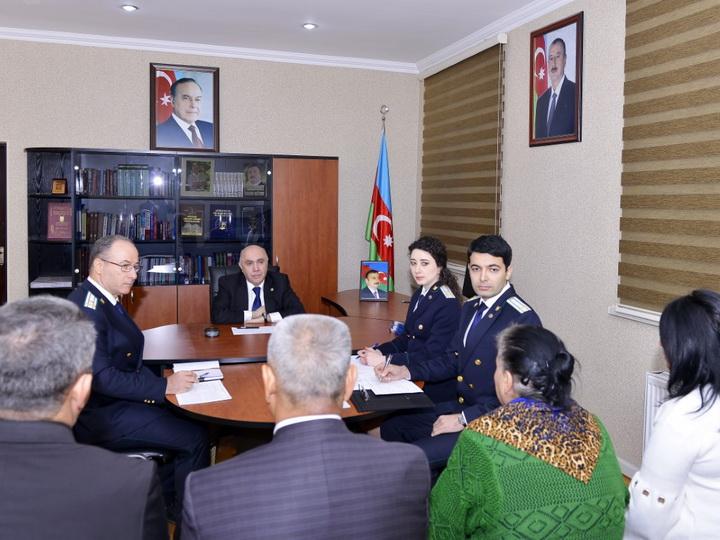 Закир Гаралов принял граждан в Абшеронском районе