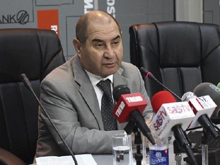 Mübariz Əhmədoğlu: Lavrovun Yerevanda ikibaşlı bəyanatları onun xarakterindən doğur
