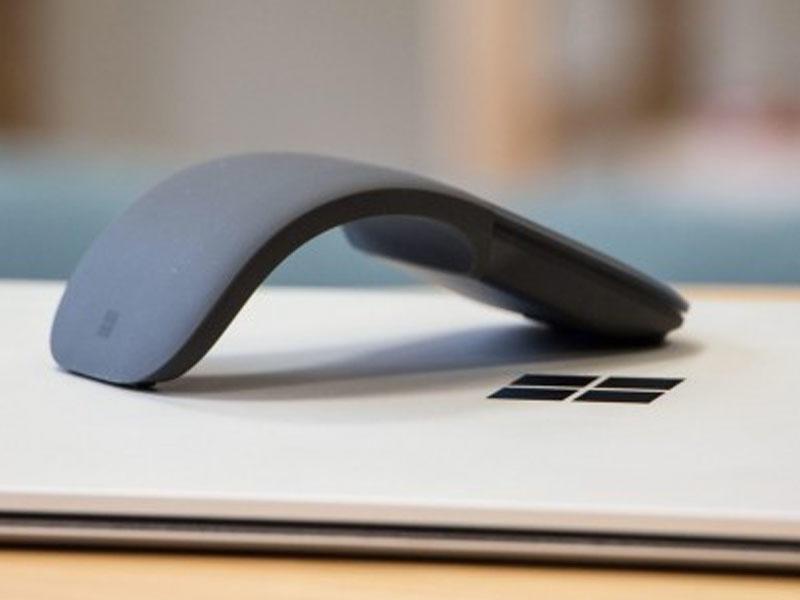 """Microsoft""dan elastik ""maus"" və qeyri-adi klaviatura"