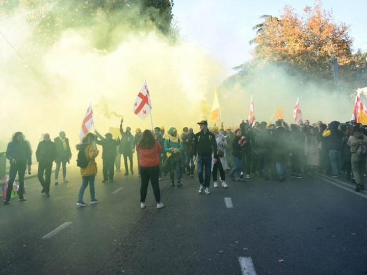 МВД Грузии насчитало на акции протеста в Тбилиси 5,5 тысяч участников - ФОТО - ВИДЕО - ОБНОВЛЕНО