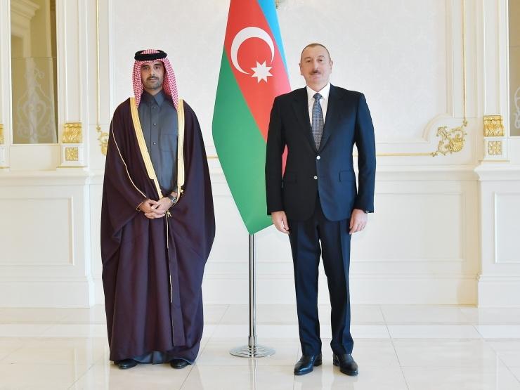 Президент Ильхам Алиев принял верительные грамоты новоназначенного посла Катара в Азербайджане - ФОТО