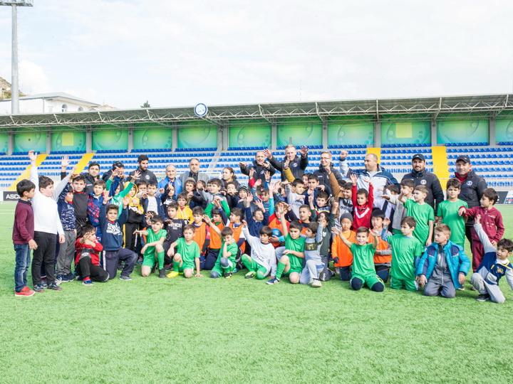 """""""Səbail"""" məktəblilər üçün futbol turniri keçirdi – FOTO"""