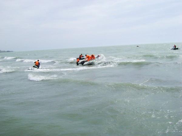 В Каспийском море утонул человек