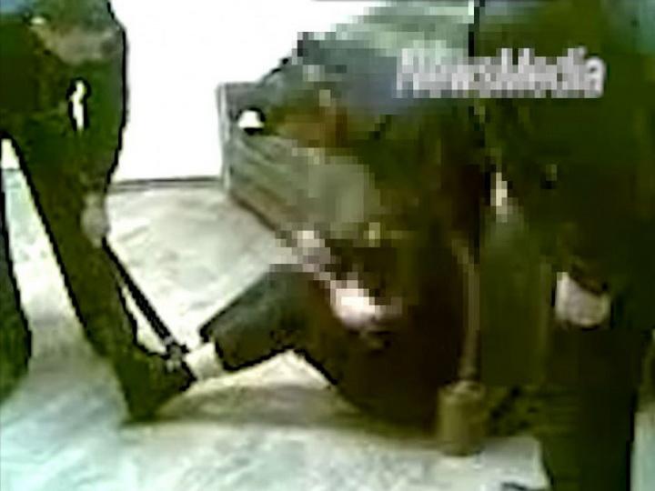 Омбудсмен Армении опубликовал видео жестокого избиения полицейскими подозреваемого - ВИДЕО