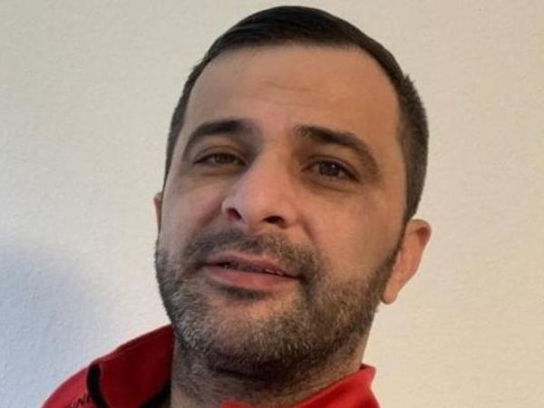 Азербайджанский эмигрант во Франции нанес себе ножевые ранения