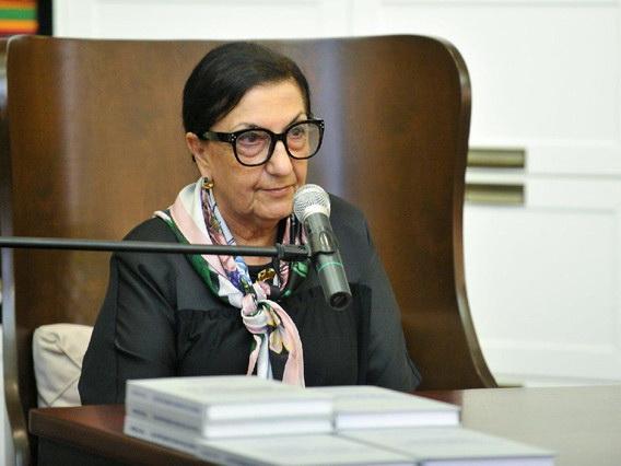 Диляре Сеидзаде предоставлена персональная пенсия Президента АР