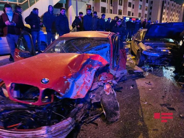 В Баку произошла цепная авария, есть пострадавшие - ФОТО