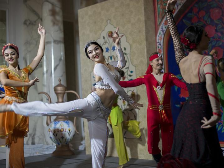 Four Seasons Hotel Baku продолжает связывать свои мероприятия с культурой Азербайджана – ФОТО