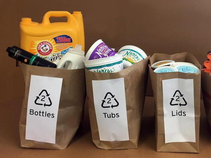 Азербайджанские специалисты заинтересовались опытом ЕС в управлении пластиковыми отходами