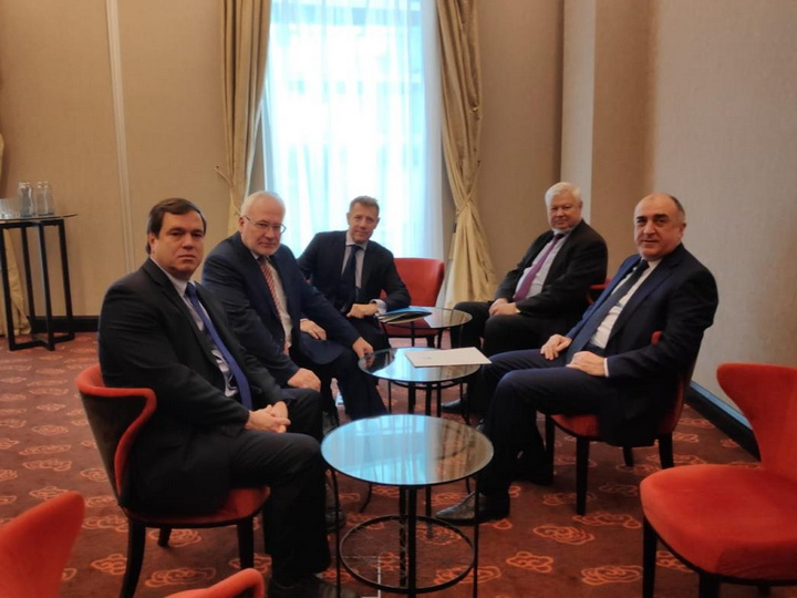 Проходит встреча Эльмара Мамедъярова с сопредседателями МГ ОБСЕ