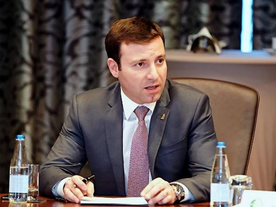 Исполком УЕФА принял предложение Эльхана Мамедова