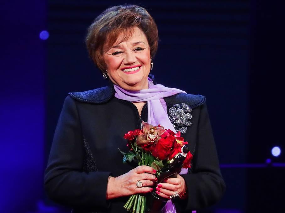 Зрители стоя аплодировали Тамаре Синявской, названной «Легендой сцены» - ФОТО – ВИДЕО
