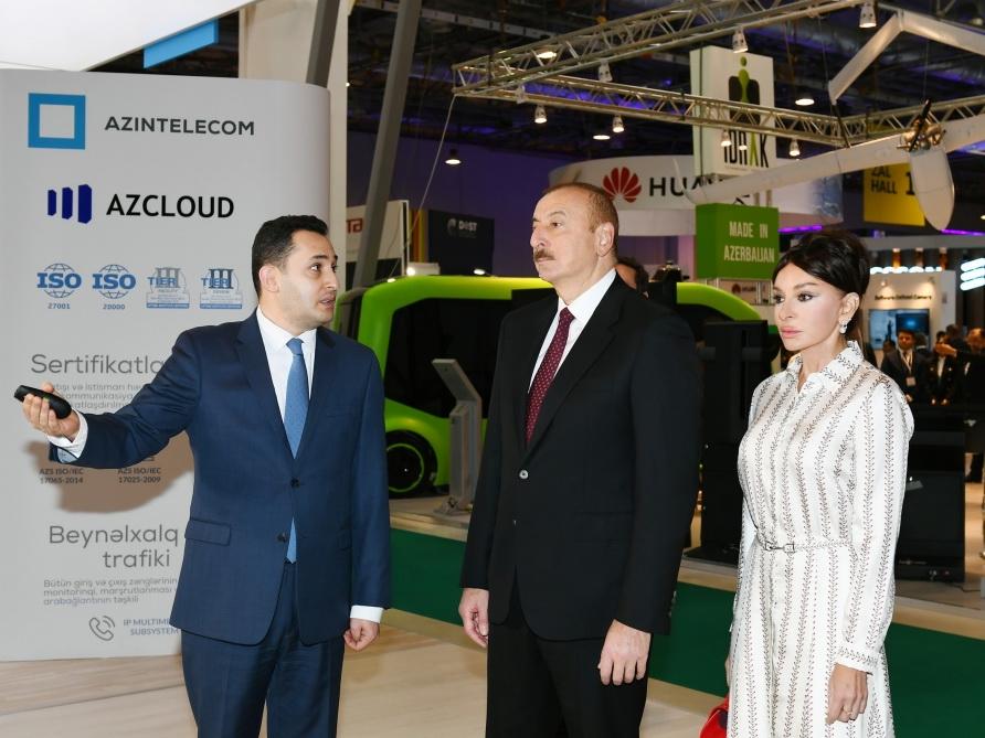 Президент Ильхам Алиев ознакомился с выставкой Bakutel 2019 - ФОТО