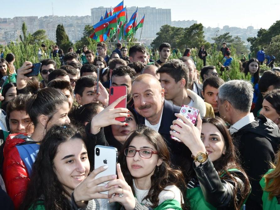 Ильхам Алиев: «Мы должны уважать женщин, беречь, защищать их»