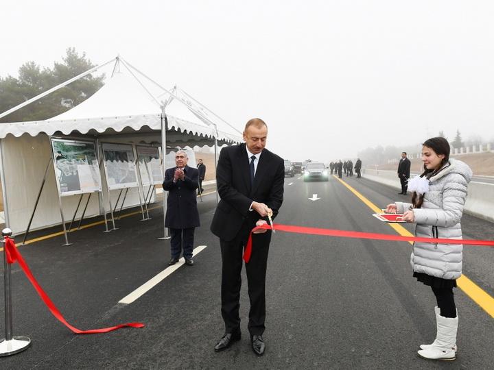 Президент Ильхам Алиев принял участие в открытии 101-117-километровой части автомобильной дороги Баку-Шамаха-Евлах - ФОТО