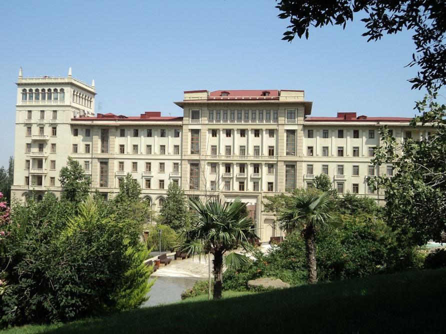 Кабмин Азербайджана продлил до 2022г действие таможенных ставок на импорт ряда товаров