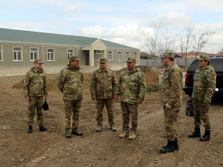 Министр обороны ознакомился с ходом строительных работ в воинских частях прифронтовой зоны – ВИДЕО - ФОТО