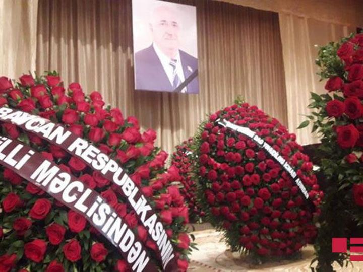 Состоялась церемония прощания с усопшим депутатом парламента - ФОТО - ОБНОВЛЕНО