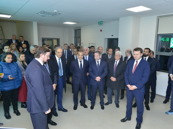 В Баку открылось предприятие по производству лекарств - ФОТО