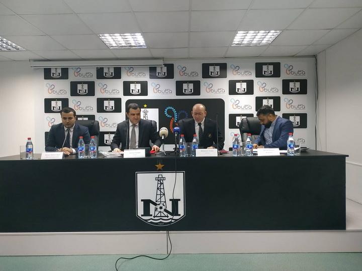 «Нефтчи» нашел нового спонсора, а Камрана Гулиева попросили помочь Рамину Мусаеву