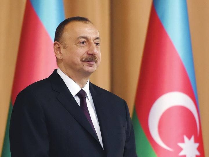 İlham Əliyev Keniya Prezidentini təbrik edib