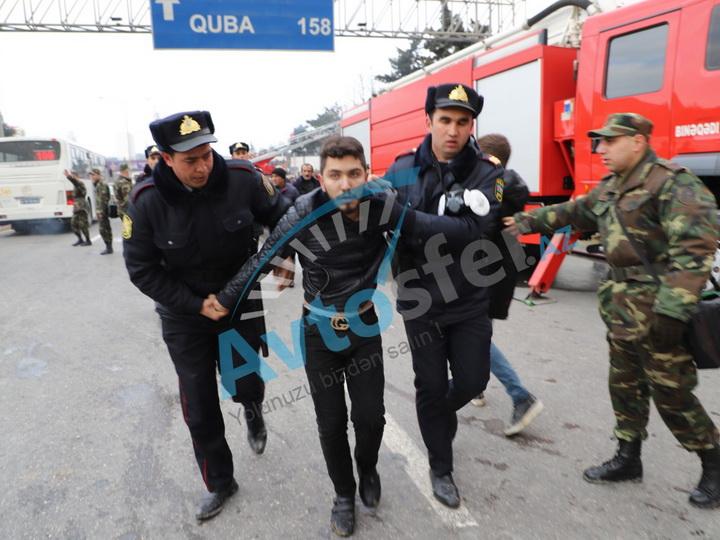 На сгоревшем рынке в Баку задержали мародеров – ФОТО
