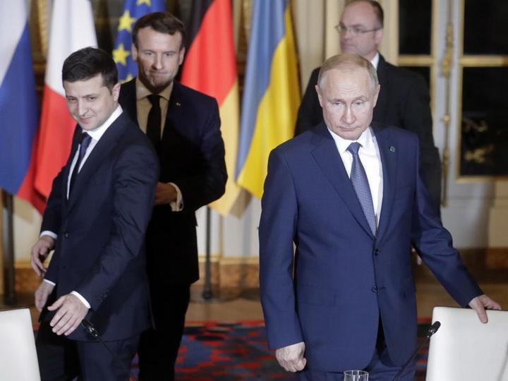 Первая встреча. О чем договорились и в чем не нашли согласия Путин и Зеленский