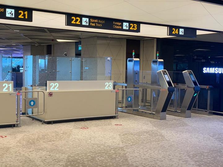 «Ускорение проверки пассажиров»: В Бакинском аэропорту внедряются новые электронные технологии - ФОТО