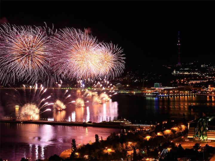 Где лучше всего провести новогоднюю ночь-2020 в Баку: Самые интересные и выгодные предложения - ФОТО - ВИДЕО