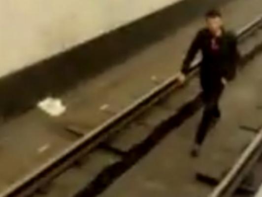 Установлена личность мужчины, бросившегося на рельсы в Бакметрополитене – ВИДЕО – ОБНОВЛЕНО