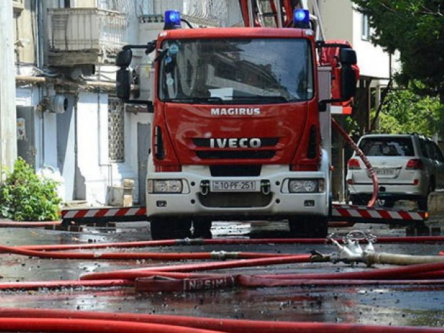 Бывшая жена пришла сжечь квартиру нынешней: Шокирующие подробности пожара в Баку – ВИДЕО – ОБНОВЛЕНО