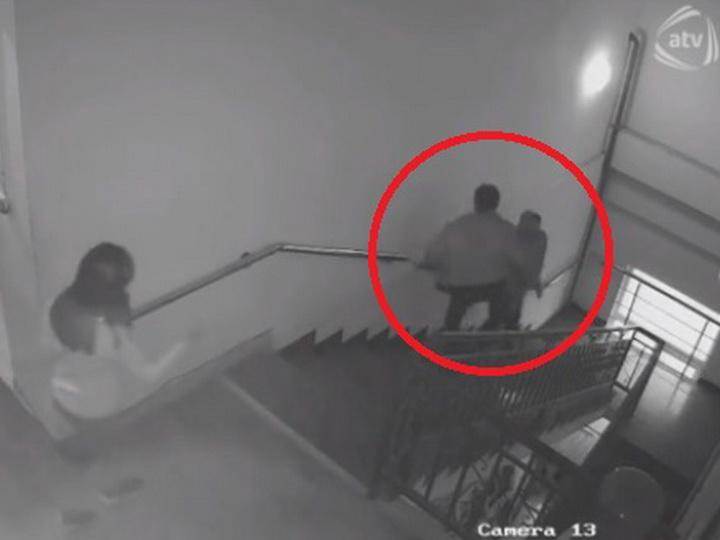 Скандал на передаче азербайджанского телеканала: Мужчина жестоко избил бывшего мужа своей жены - ВИДЕО