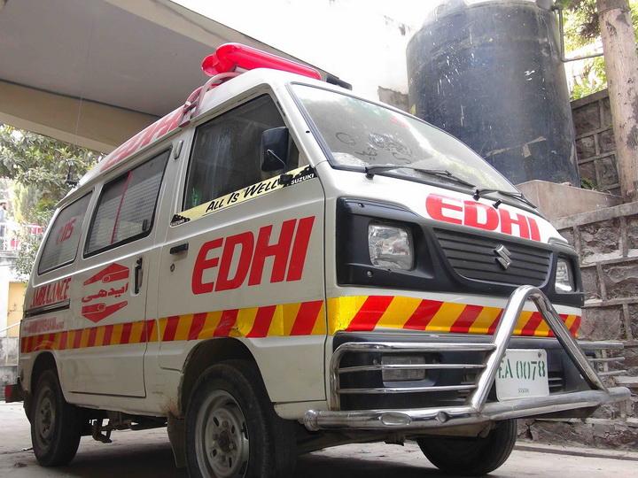 15 человек погибли в ДТП с автобусом в Пакистане