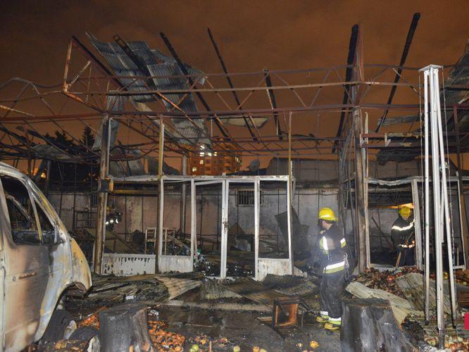 Пожар на рынке в Баку потушен - ФОТО - ВИДЕО - ОБНОВЛЕНО