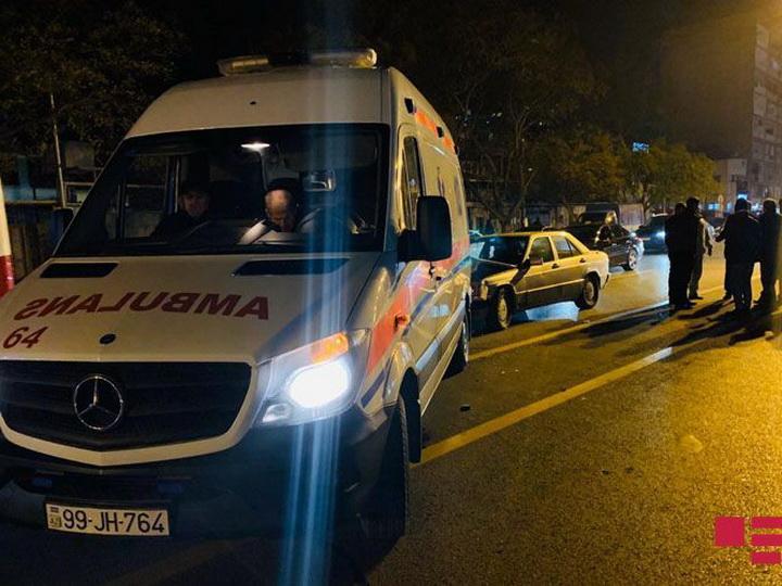 В Баку «скорая» с больным попала в ДТП - ФОТО