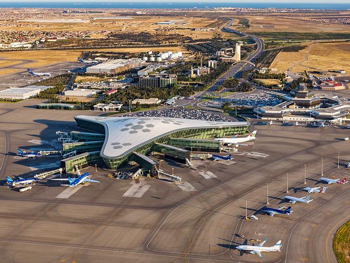AZAL открыл небо для всех авиакомпаний