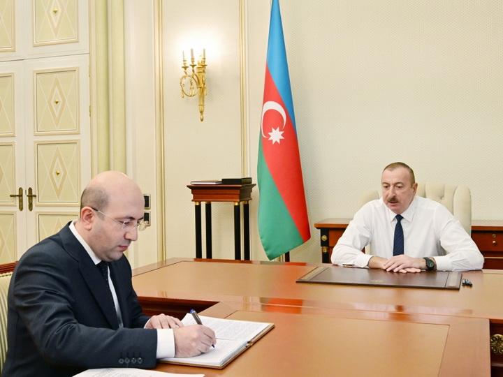 Президент Ильхам Алиев принял нового главу Госкомитета по градостроительству и архитектуре - ФОТО
