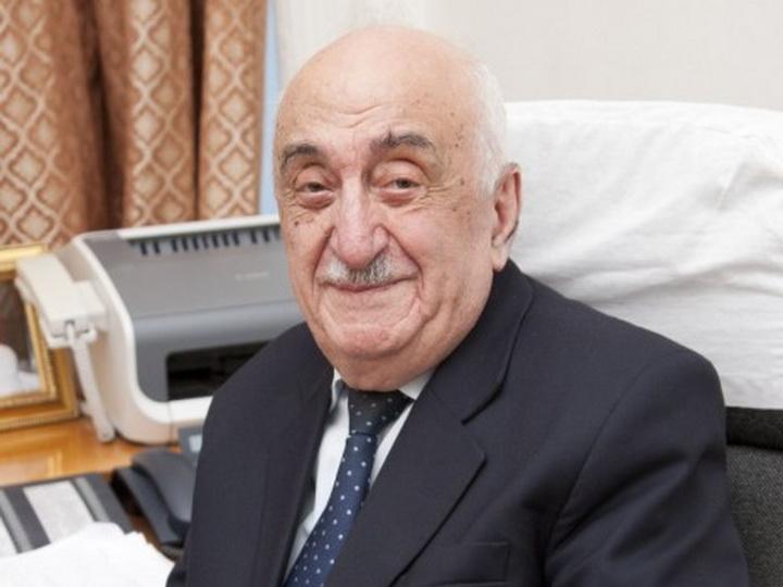 Хошбахт Юсифзаде награжден орденом «Гейдар Алиев»