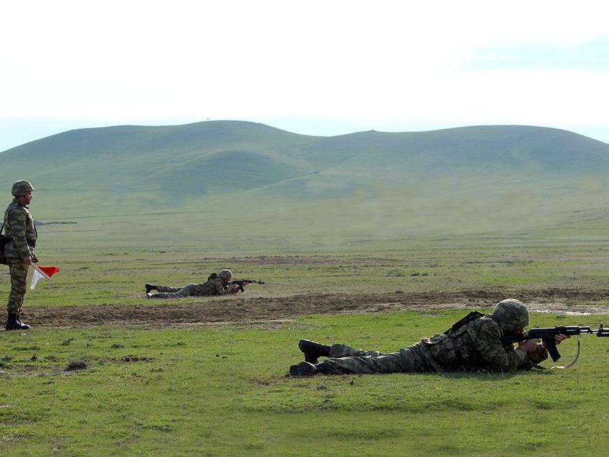 Проводятся сборы командиров батальонов - ФОТО